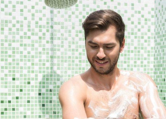 Kosmetyki do higieny intymnej dla mężczyzn – hit czy kit?