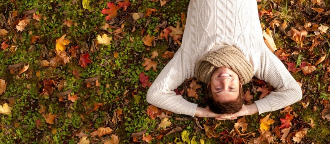 Jak dbać omęską skórę jesienią?
